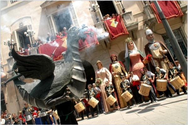 llibre micromecenatge Les Santes - Mataró